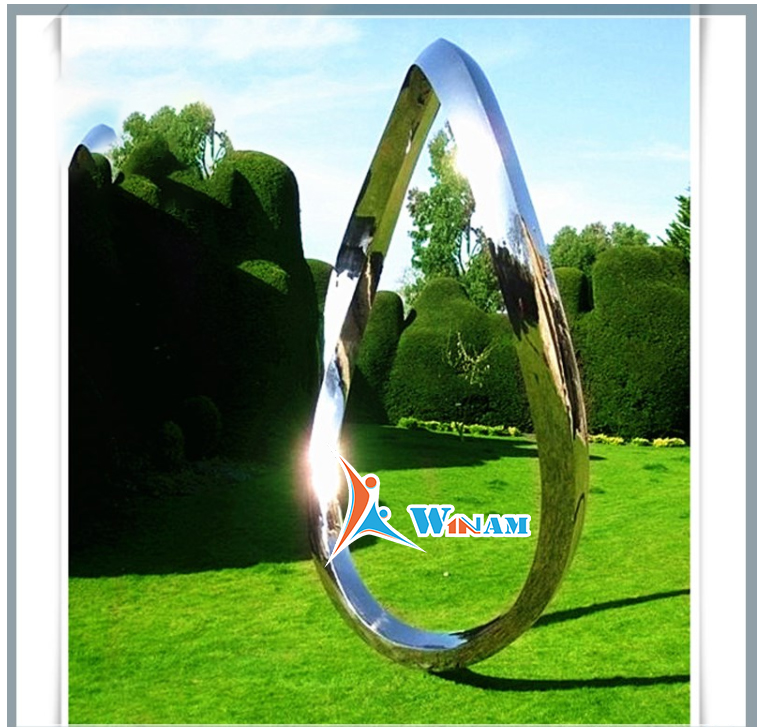 Oval Shaped Wrought Garden Decor Mainstream Sculpture