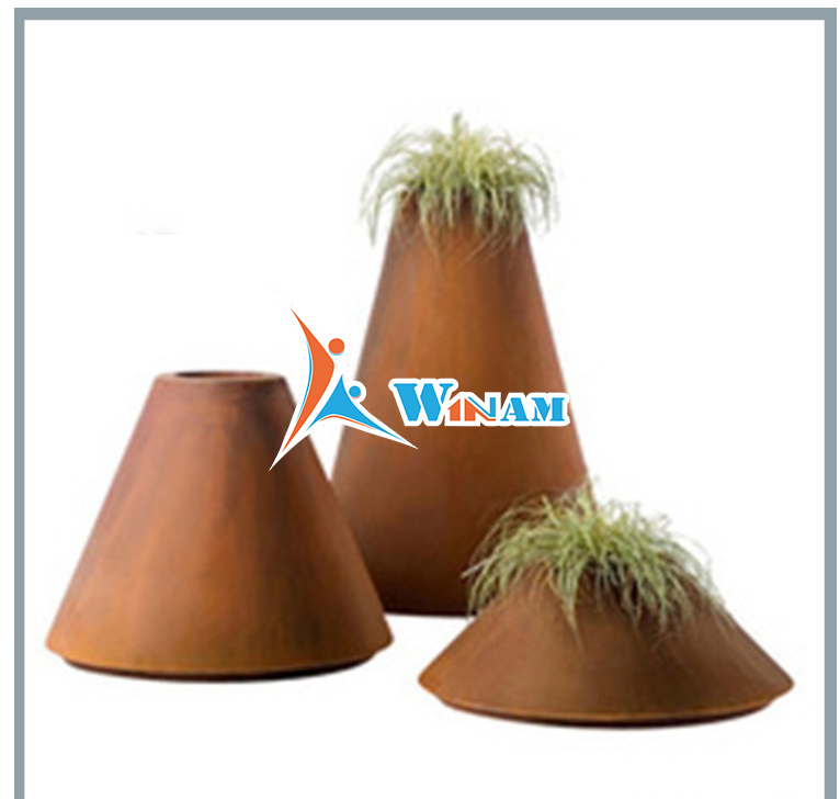 Fashion Design Corten Steel Cone Shape Flower Pot for Hotel